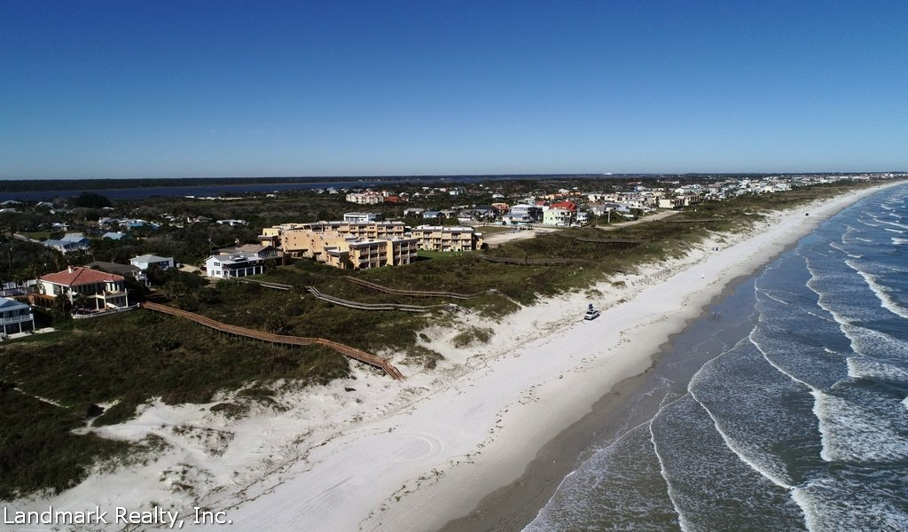 Ocean Crescent Beach